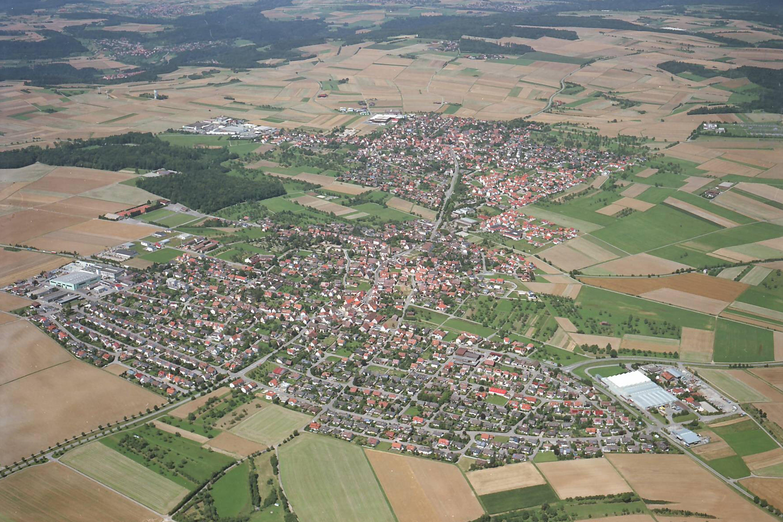 Luftbild von Ober- und Unterjettingen